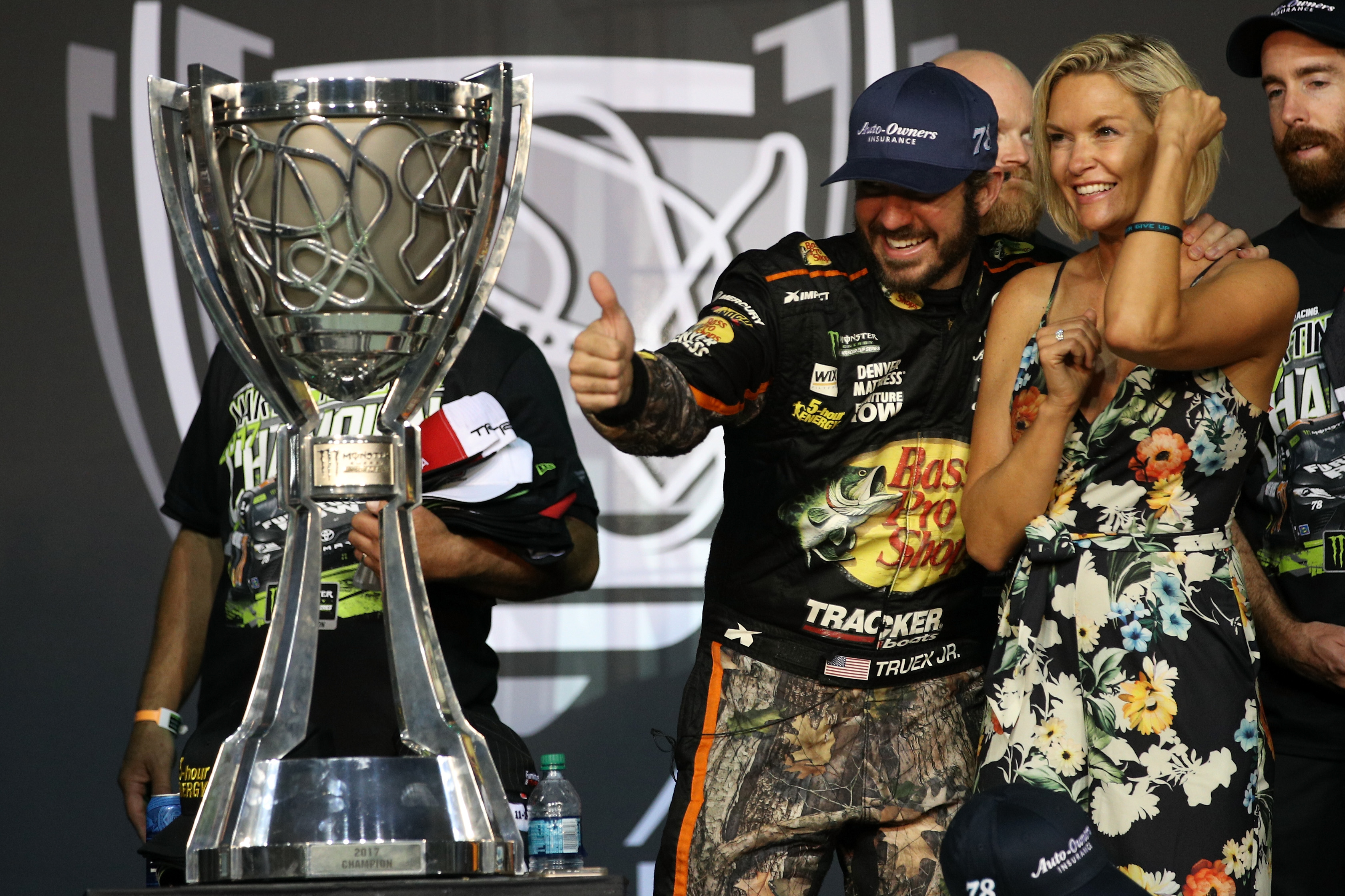Auto-Owners Insurance, Furniture Row Racing Crowned 2017 Champions with Martin Truex Jr Behind the Wheel